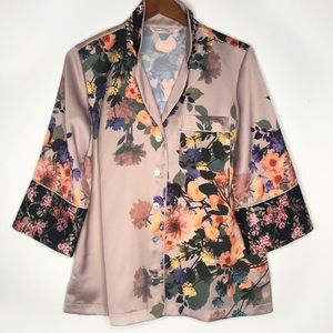 Soft surroundings soft pink floral button top